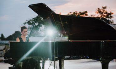 Roberta di Mario: la musica è il mio lavoro e la mia cura